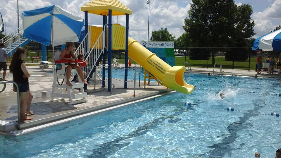 Gaylord Aquatic Center